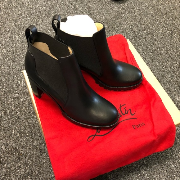 wholesale dealer e41d9 f21b5 (SOLD) Christian Louboutin leather ankle boots
